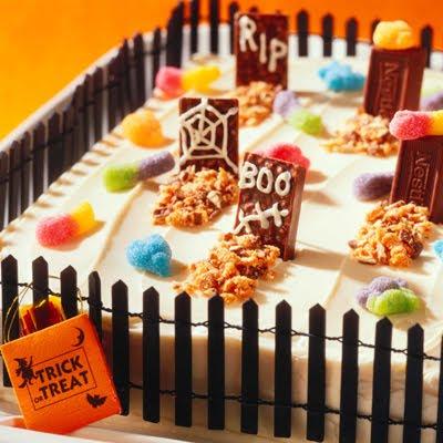 graveyard-cake