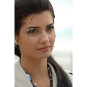 Asi Turkish Show http://sky-earth-sea-asra.blogspot.com/2009/11/turkish-actress.html