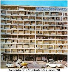 UM DOS MUITOS EDIFÍCIOS NA AVENIDA DOS COMBATENTE - ANO 1970.
