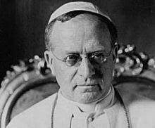 """PIO XI: """"Ninguém pode ser católico e socialista/comunista""""."""