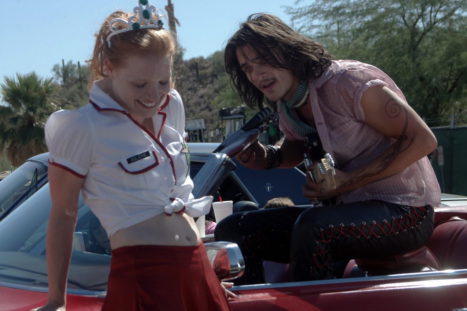 http://4.bp.blogspot.com/_lweymjmz4GY/TMKASDYKwDI/AAAAAAAAT7w/dgfP677nFG4/s1600/rupert_friend_jolene_movie.jpg