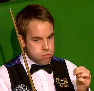 во время финала по снукеру в Уэльсе Светка единственной заметила, что Картер после перерыва поменял черную рубашку на белую