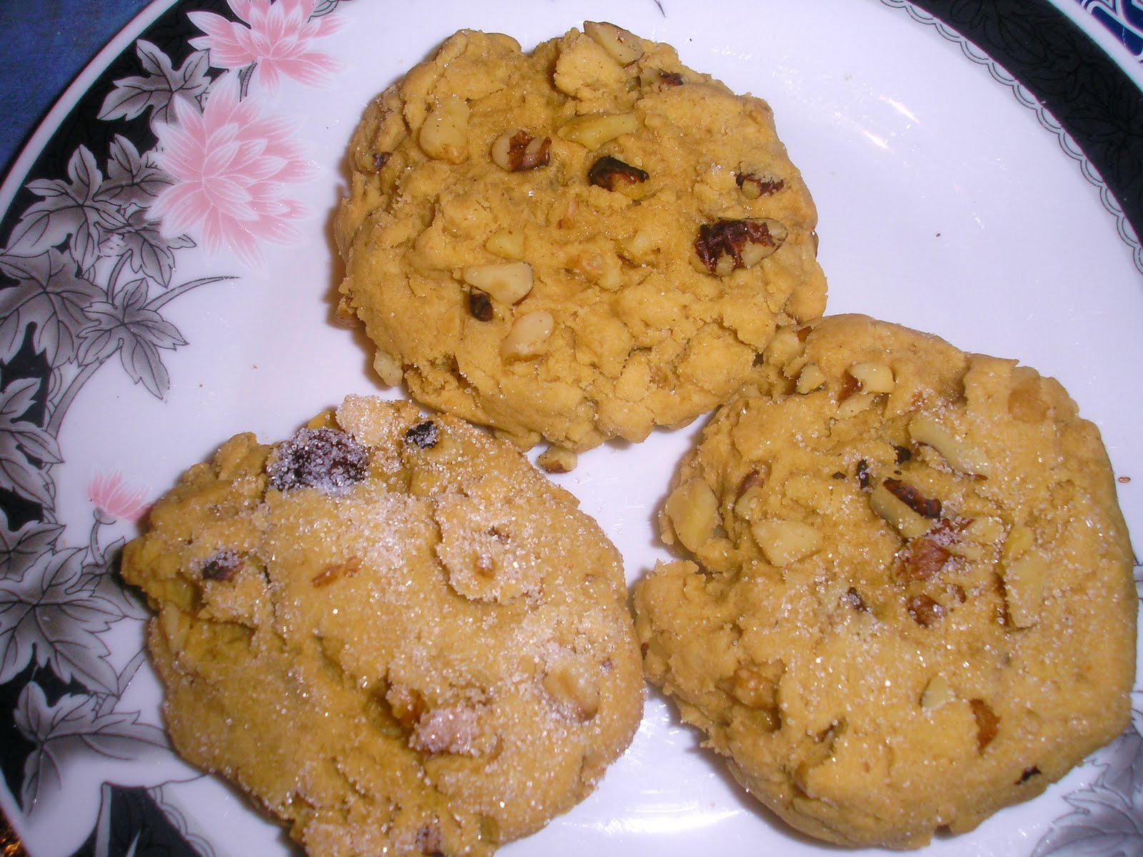 Chef Cookies Biscuits Recipes: Walnuts & Cinnamon sugar Biscuits