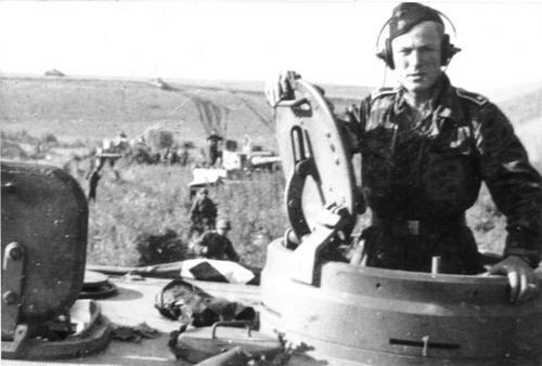 tank-commander.jpg