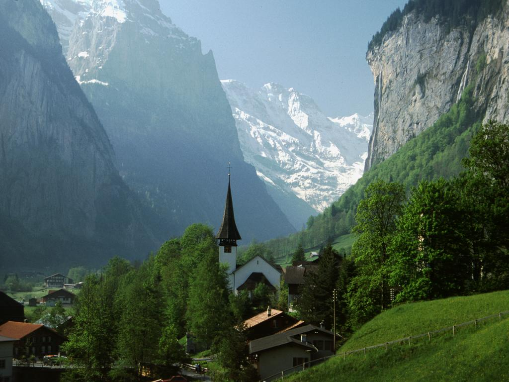 http://4.bp.blogspot.com/_lzrzosurIN8/TQZidqSJjAI/AAAAAAAAABM/eBm3t87XaIE/s1600/Beautiful_Switzerland.jpg