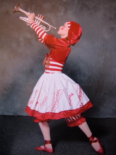"Demi-character costume Ballerina from ""Petroushka"" AJ 2008"