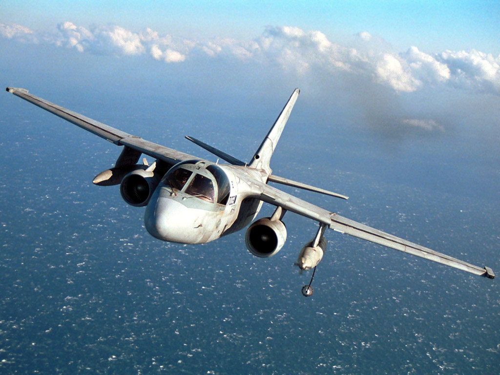http://4.bp.blogspot.com/_m1Z6uxpmlU8/TLtfMy54FXI/AAAAAAAAB7Q/udS_VnqULkg/s1600/US_Navy_Lockheed_S-3_Viking_Aircraft.jpg