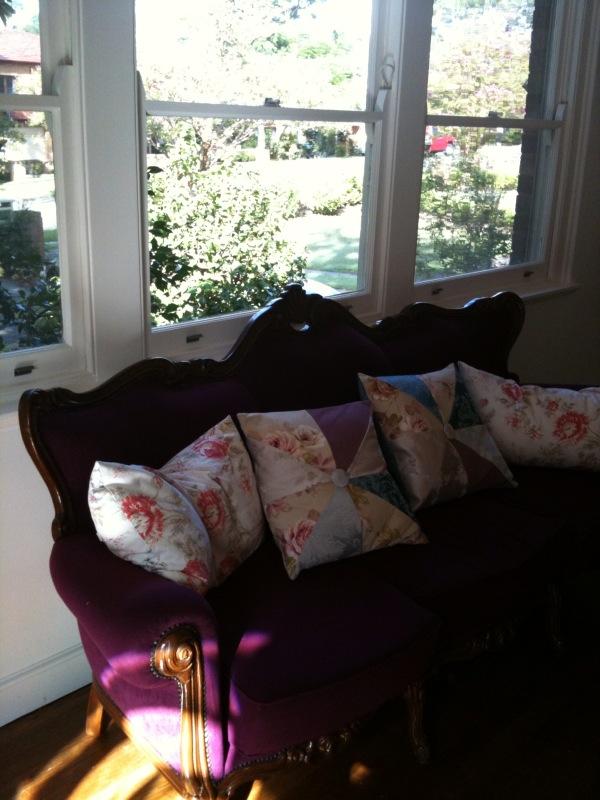 [new+sofa.jpg]