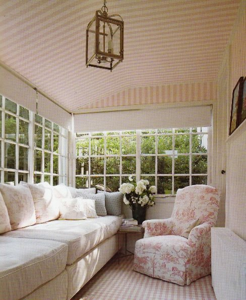 [screened+in+porch.jpeg]