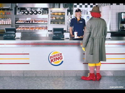 Funny Pictures Mcdonalds. Funny Ad: Mcdonalds vs Burger
