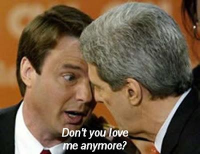 Kerry dumps Edwards for Obama