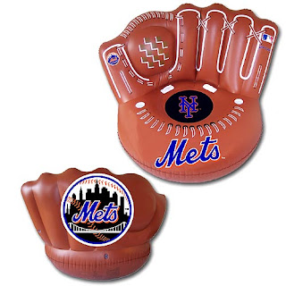 Mets inflatable glove chair