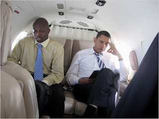 Reggie Love rides with Barack Obama
