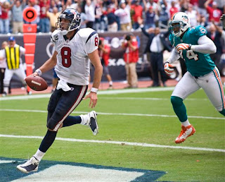 a gutsy 4th down QB sneak gave the Texans the win over the Dolphins