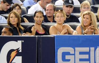from left Karen Burnett, Amber Sabathia, Kate Hudson and Michelle Damon