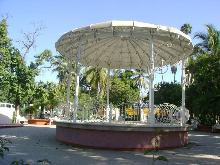 Kiosco de la plazuela de la Colonia Gabriel Leyva