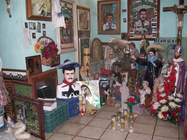 Jesús Malverde, el bandolero generoso muy bien acompañado