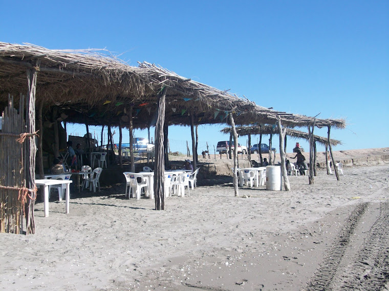 Restaurante de mariscos en Playa Ponce, Sindicatura de Eldorado