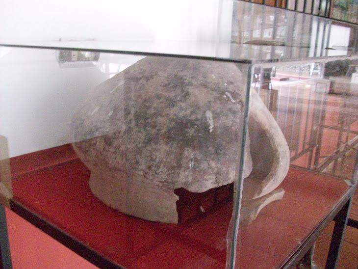 Urna funeraria de los indígenes que habitaron en el valle del Río San Lorenzo