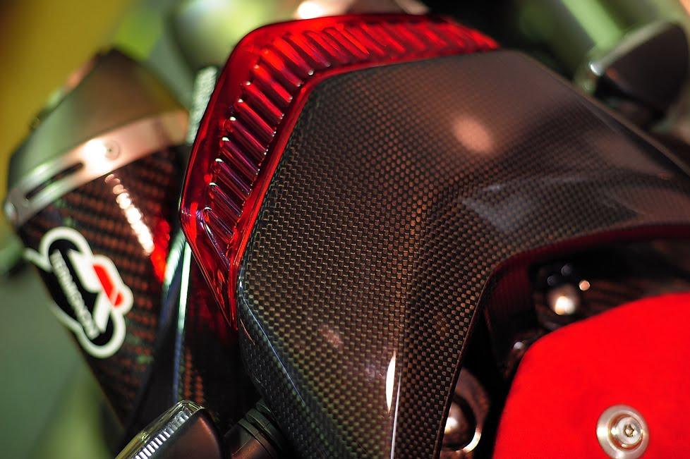[Ducati+Performance社製DSC_0052.jpg]
