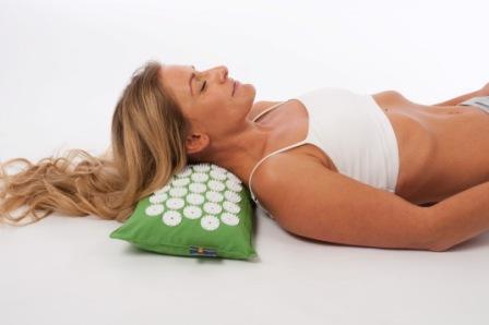 Mal di schiena lombalgia il cuscino per cervicale piu - Cuscini letto per cervicale ...