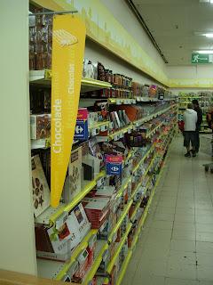 Sección Chocolate en un supermercado de Bruselas. ¿Por donde empezar?