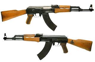 blog-sphere.blogspot.com - Alasan mengapa teroris menggunakan AK-47 dibanding senjata api lain