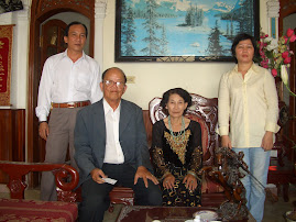 Gia Đình Ông Bà Ngô Khanh