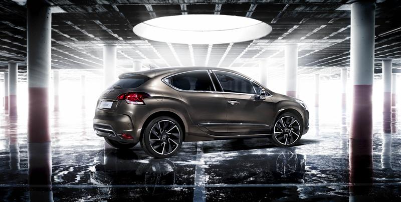 MULTI-TALENTED NEW CITROËN DS4 Power