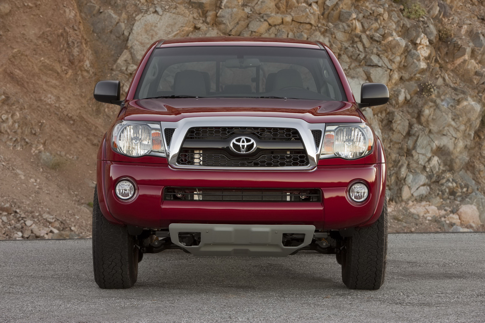 2011 toyota tacoma trd tx pro first look photos. Black Bedroom Furniture Sets. Home Design Ideas
