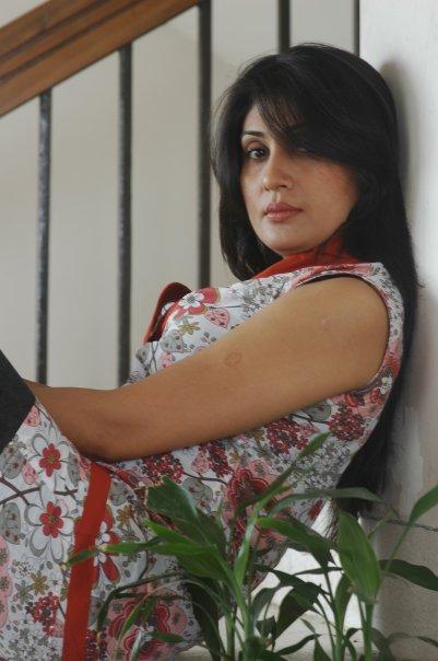 http://4.bp.blogspot.com/_mCQCUdBDa_U/S9Jyg8FAn1I/AAAAAAAAHyc/NaBFsxSpqvg/s1600/Bonna-Mirza-5.jpg