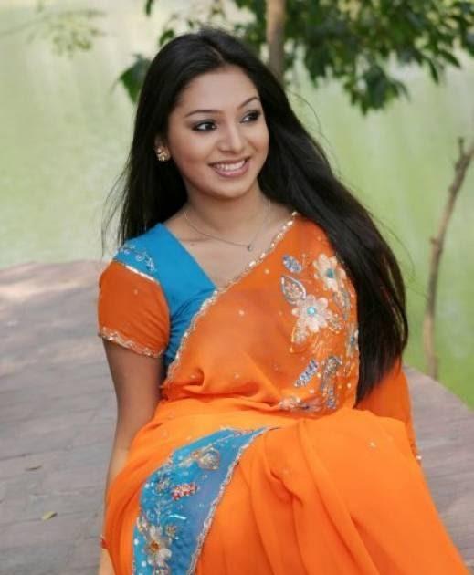 Bangladeshi hot girl sadia islam 2