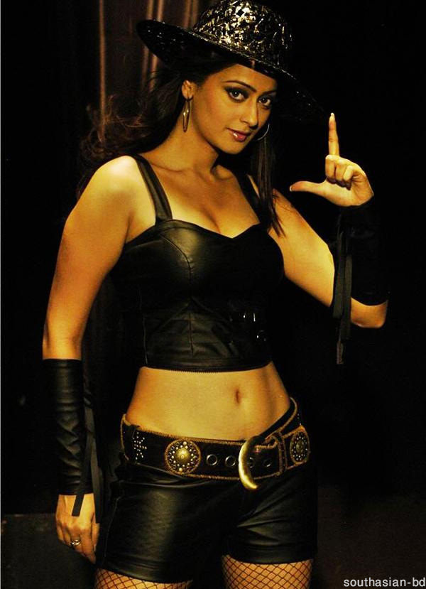 , Kaveri Jha latest hot pics in Black Dress