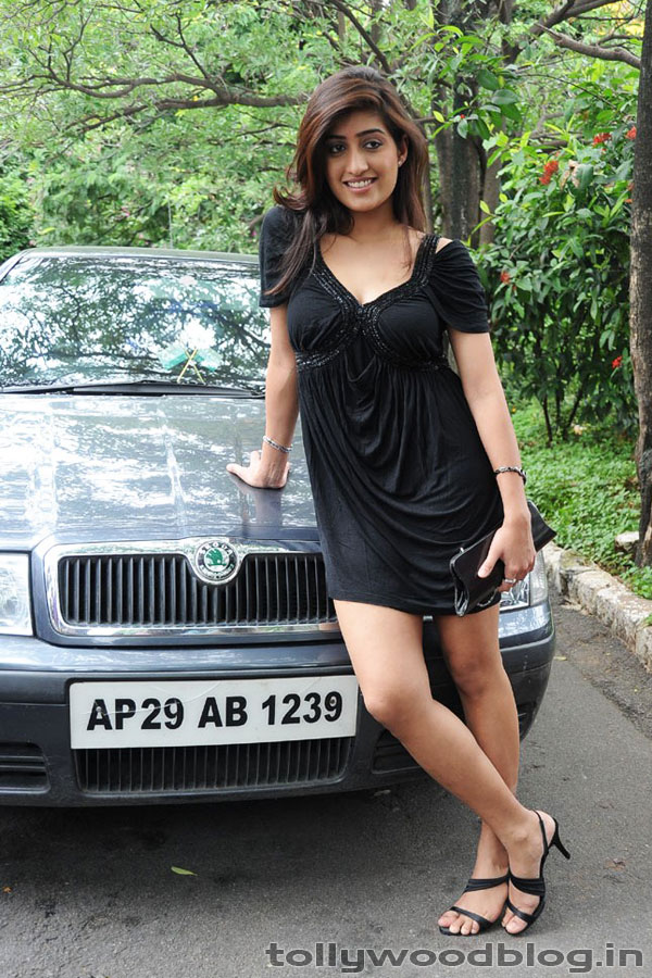 Indian desi girls Anisha Singh black swan hot gallery - TUNALIM - Blogcu