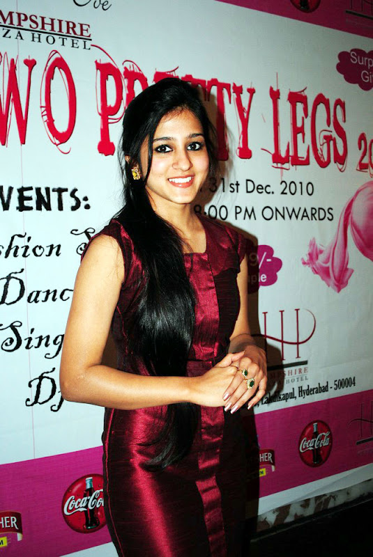 Two Pretty Legs  Ticket Launch Tamil Actress Saudamini Kaur Cute Stills hot images