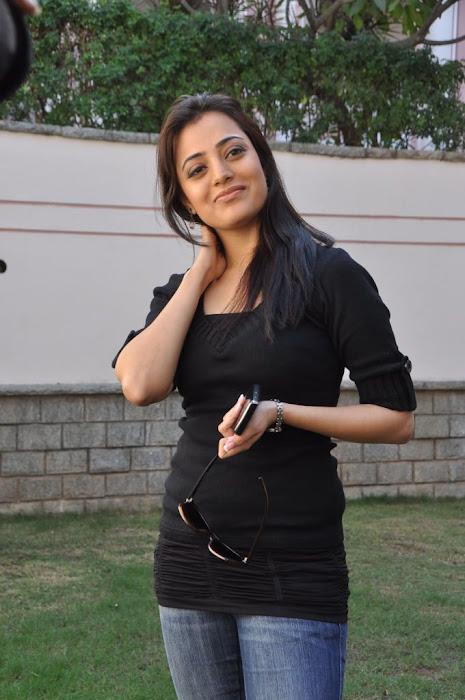 nisha agarwal new in charming black dress unseen pics