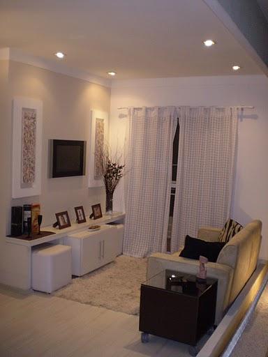 Sala Com Painel De Tv E Puff ~ Coisas de Mulherzinha Decor  Puffs embutidos na sala de estar