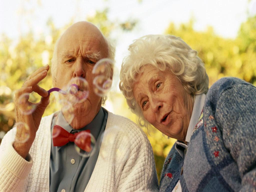 eu sempre coloco fotos de pessoas velhas no meu celular pessoas velhas ...