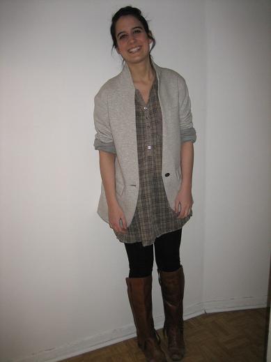 veste, top et leggings(Zara), bottes(Aldo)