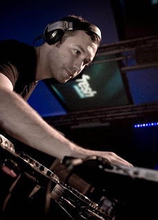 Nic Fanciulli – World Wide Sounds on Proton Radio – 30.04.2010 Nic+fanciulli