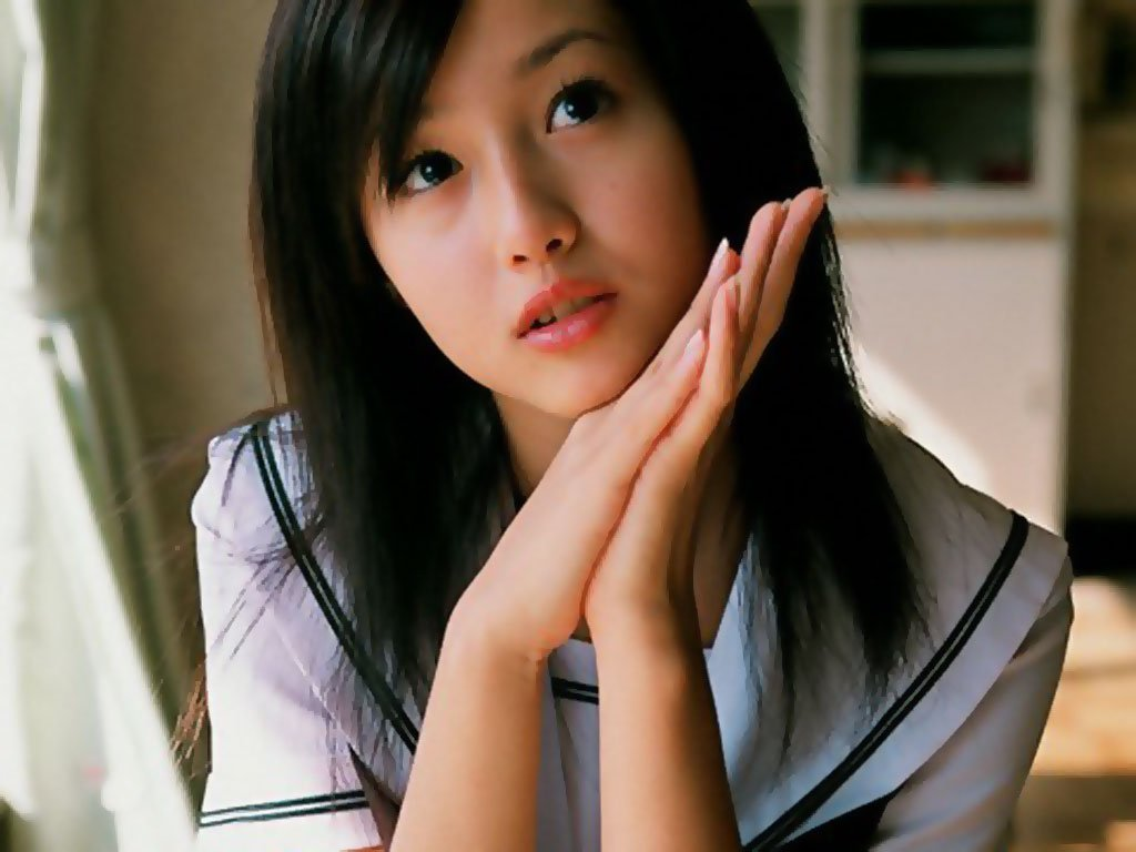 http://4.bp.blogspot.com/_mFQplFXuNV8/THjliTus20I/AAAAAAAAACA/l9PdGunH65o/s1600/Erika_Sawajiri_040009.jpg