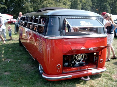 Kombi Red & Black