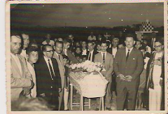 En el Cementerio de UREÑA: Entierro de la Srta. Justa Sánchez Ureña (1960).