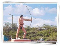 Monumento al INDIO MOTILÓN, en San José de Cúcuta, COLOMBIA: