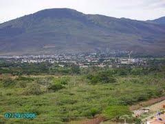 """UREÑA, TÁCHIRA, VENEZUELA; al fondo el Cerro """"El Rayo"""":"""