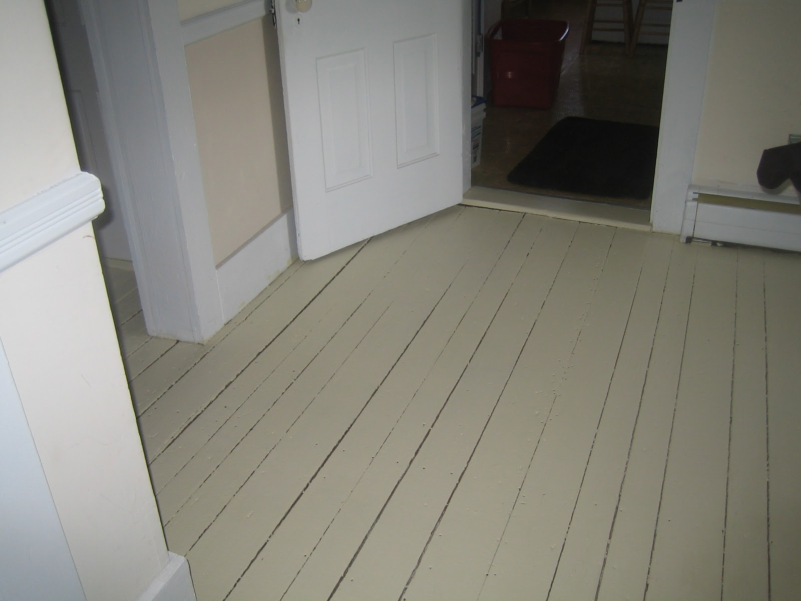 Paint floor home improvement shore side farm house for Can you paint over linoleum floors