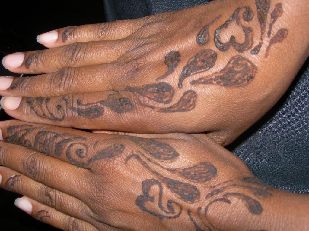 amina designs mehandi henna henna in washington dc. Black Bedroom Furniture Sets. Home Design Ideas