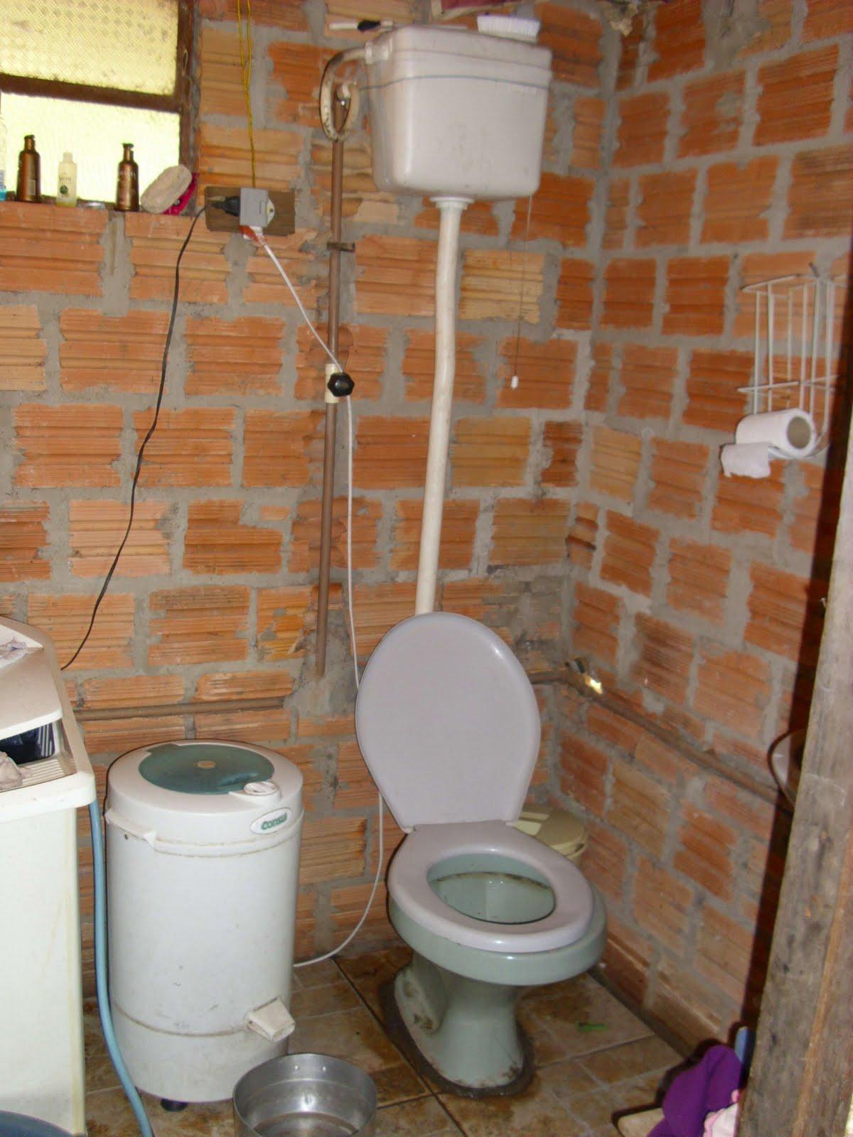 Uma Casa para Sonia: Prioridades para consertar a casa #5A205D 1200 1600