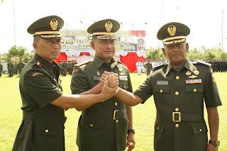 PANGDAM IX/UDAYANA MEMIMPIN UPACARA SERAH TERIMA JABATAN KOMANDAN KOREM 162/WIRA BHAKTI