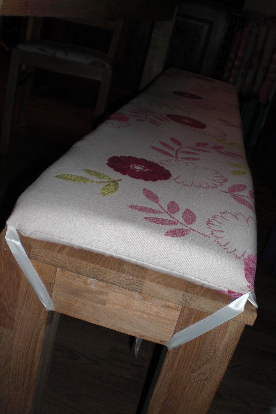schaumstoff beziehen wobei die rckenfront aus zwei teilen. Black Bedroom Furniture Sets. Home Design Ideas